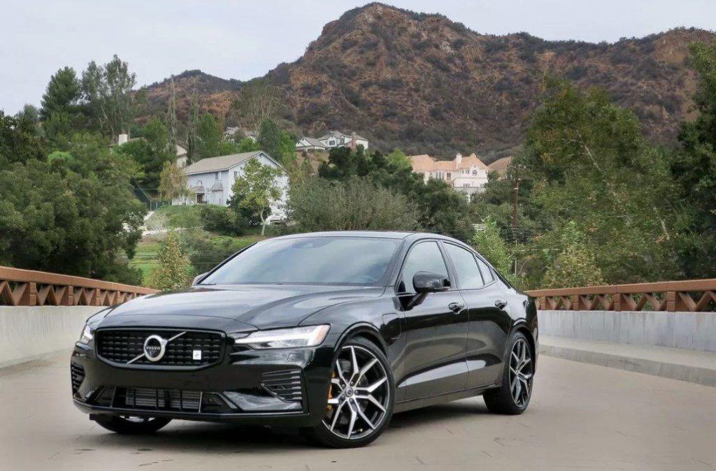 Volvo 2019 S60 marcas de coches europeos