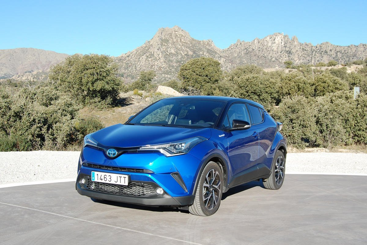 Toyota C-HR Hybrid Advance