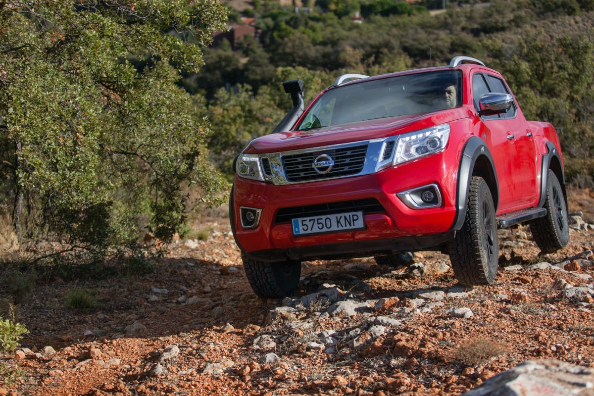Nissan Navara Off Roader AT32: Manos mgicas