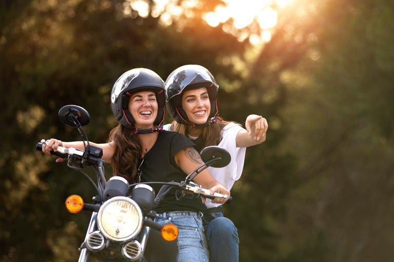 motoristas con seguro de moto de 125 cc